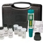 Extech (EC510) Waterproof ExStik II pH/Conductivity Meter Kit